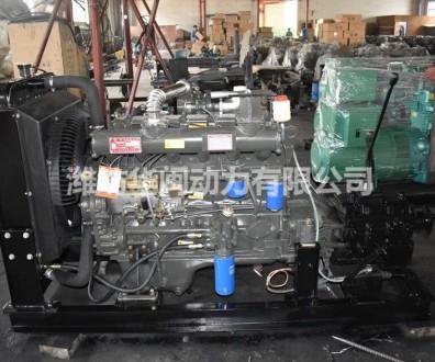 6105AZG柴油机 带140离合器变速箱